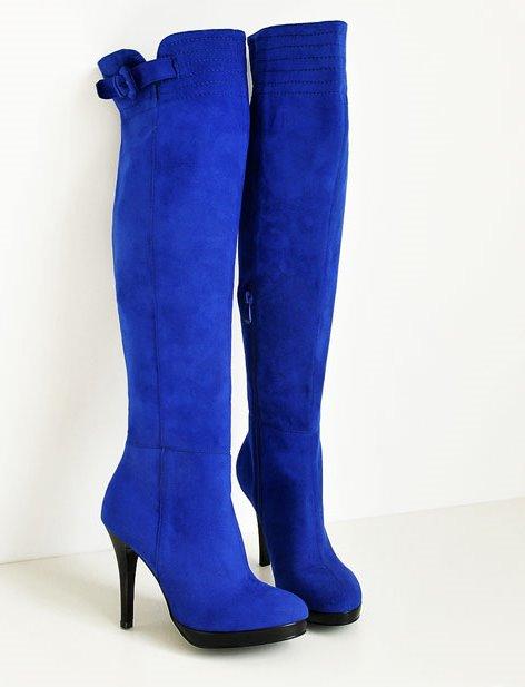 Замшевые сапоги синего цвета