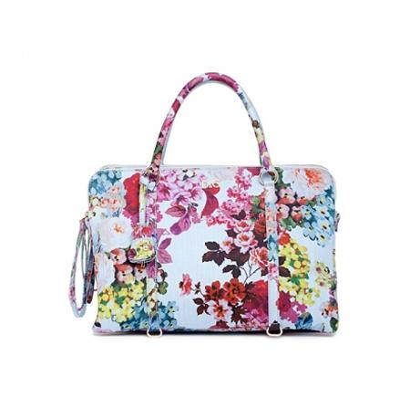 С чем носить модные женские сумки с цветочным принтом